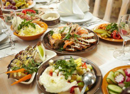 Ar sveika valgį užgerti skysčiais?