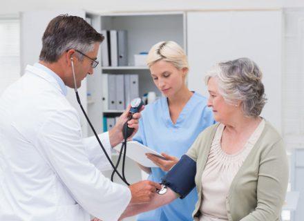 Ciberžolės ekstraktas – uždegimą mažinantis preparatas osteoartritui gydyti