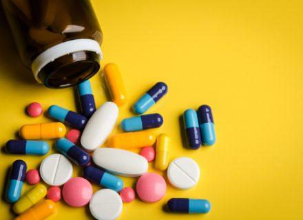Farmacijos paradoksai: gydymas pigesniais vaistais valstybei kainuoja daugiau?