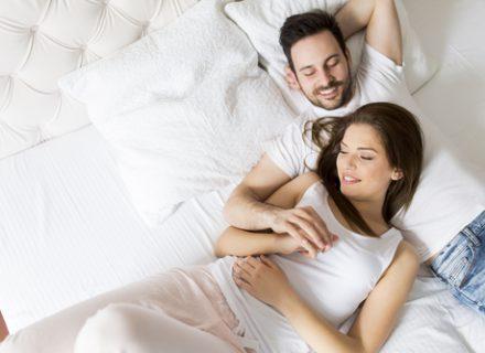 Ilgiau mėgautis seksu gali trukdyti skurdi patirtis