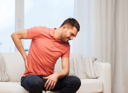 Nugaros skausmas – kada kreiptis į gydytoją ?