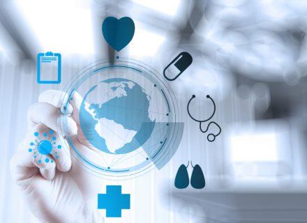 Vaistinės po didinamuoju stiklu: apie dėmesį klientams, farmacinių paslaugų kokybę ir… beprasmę veiklos kontrolę