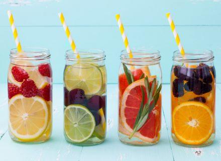Vasara: gazuotiems gėrimams – griežtas ne, vandeniui – tvirtas taip!