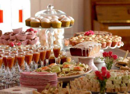Kaip išvengti šventinio persivalgymo?