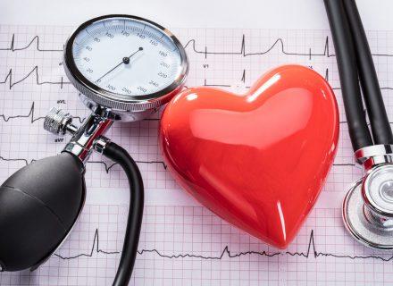 Nuo širdies ligų mes mirštame 4,5 karto dažniau nei europiečiai….