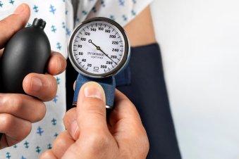 Kraujospūdžio stebėjimas namuose: kaip taisyklingai matuoti ir vertinti