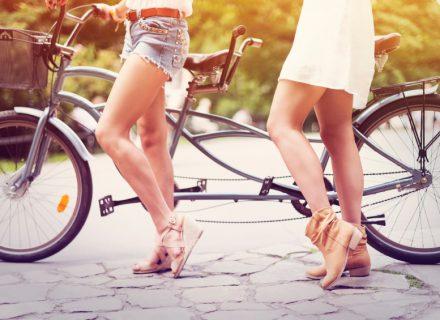 Kaip mankštinti kojas kelionėje?