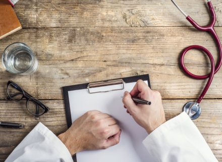Osteoporozė: kodėl tai svarbi problema ir kaip ją valdyti?