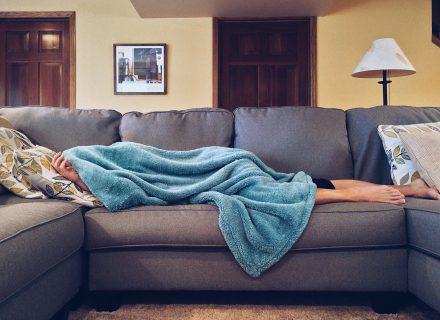 10 patarimų kaip neperšalti rudenį
