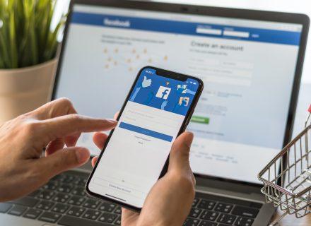 """Jūsų sveikatą išduoda jūsų """"Facebook"""" paskyra"""