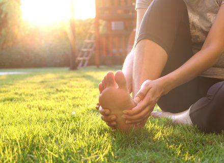 Kaip gydyti kojos nykščio skaudulius be operacijos?