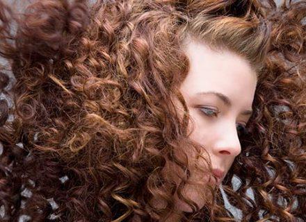 10 dalykų, kuriuos reikėtų žinoti apie plaukų priežiūrą žiemos metu