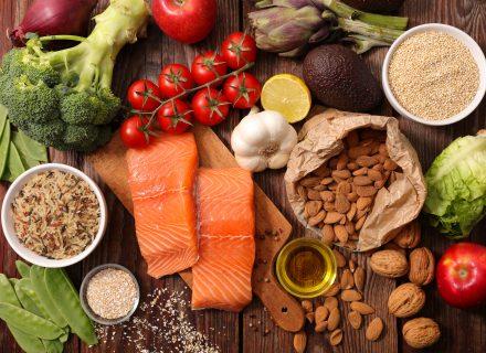Mitybos įpročiai ir inkstų ligos: vakarietiškosios maisto pramonės įtaka